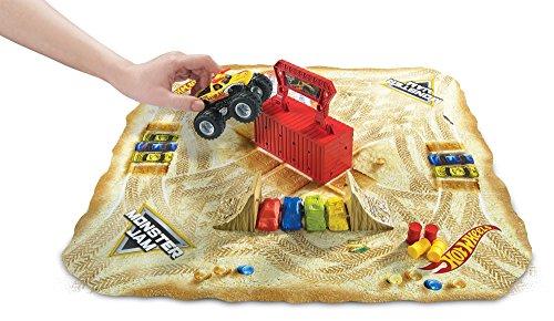 ホットウィール マテル ミニカー ホットウイール DXB04 【送料無料】Hot Wheels Monster Jam Sto 'N Go Play Setホットウィール マテル ミニカー ホットウイール DXB04