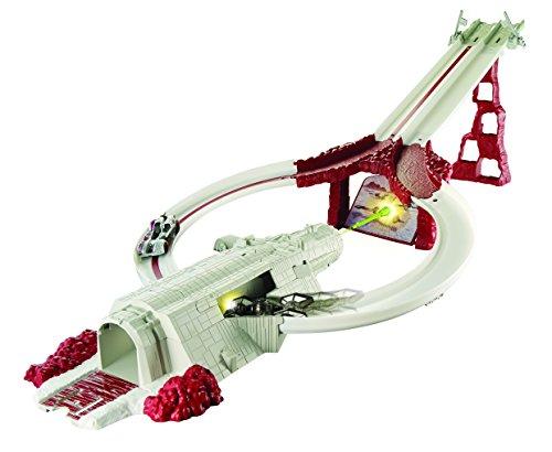 ホットウィール マテル ミニカー ホットウイール DYY43 【送料無料】Hot Wheels Star Wars Crait Assault Raceway Track Setホットウィール マテル ミニカー ホットウイール DYY43