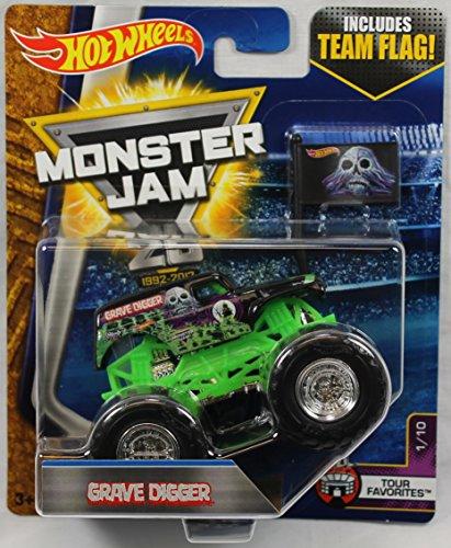 ホットウィール マテル ミニカー ホットウイール 【送料無料】Hot Wheels Monster Jam 2017 Tour Favorites Grave Digger (With Flag) 1:64 Scale, Black and Greenホットウィール マテル ミニカー ホットウイール