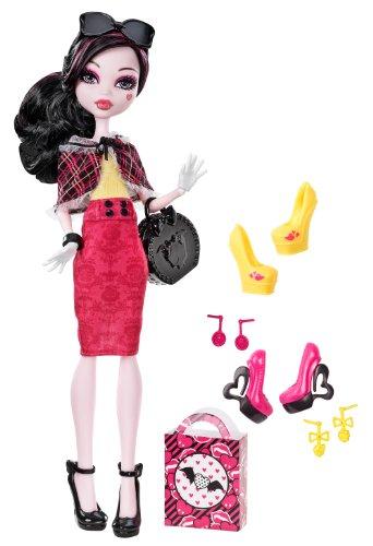 モンスターハイ 人形 ドール BBR91 【送料無料】Monster High Draculaura Doll & Shoe Collectionモンスターハイ 人形 ドール BBR91