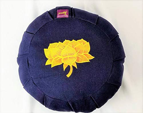 ヨガ フィットネス 【送料無料】YogavniTM Yoga and Meditation Round Cotton Filled Zafu Cushion with Hand Embroidered Lotus By Yogavni(TM)ヨガ フィットネス