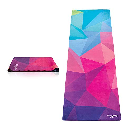 ヨガマット フィットネス 0646648208028 【送料無料】The Combo Yoga Mat 1 mm. Travel Version. Lightweight, Ultra-Foldable, Non-Slip, Mat/Towel Designed to Grip Better w/Sweat! Machine Washable, Eco-Friendly. Jヨガマット フィットネス 0646648208028