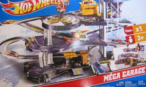 ホットウィール マテル ミニカー ホットウイール V3260 【送料無料】Hot Wheels MEGA GARAGE Multi Level Action Playset with ELEVATOR, SPINNING SHOWROOM, 3 Exit Ramps & MORE! Huge Play Set with 1:64ホットウィール マテル ミニカー ホットウイール V3260