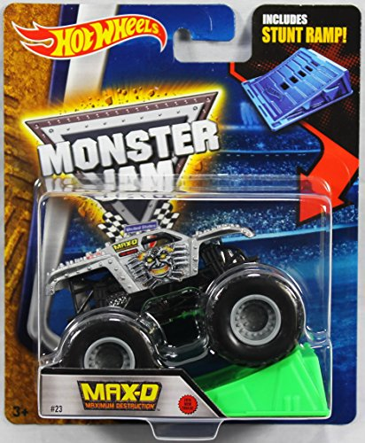 ホットウィール マテル ミニカー ホットウイール 【送料無料】Hot Wheels Monster Jam 1:64 Scale - Max-D Maximum Destruction with Stunt Ramp #23ホットウィール マテル ミニカー ホットウイール