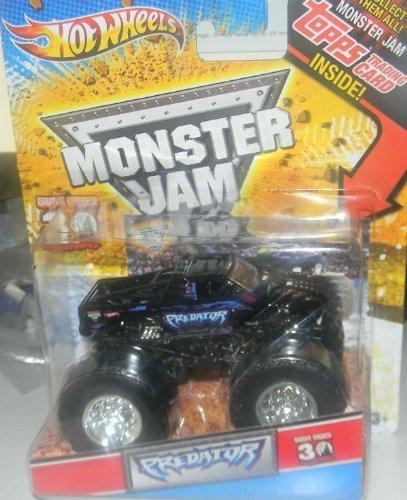 ホットウィール マテル ミニカー ホットウイール Hot Wheels 2010 1/64 Monster JAM Grave Digger 30th Anniversary with Topps Card Collectible Inside Predator Monster Truckホットウィール マテル ミニカー ホットウイール