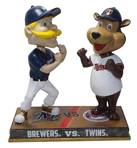 ボブルヘッド バブルヘッド 首振り人形 ボビンヘッド BOBBLEHEAD 【送料無料】FOCO Milwaukee Brewers and Minnesota Twins - Bernie Brewers and T.C. Bear Rivalry Special Edition Bobbleheadボブルヘッド バブルヘッド 首振り人形 ボビンヘッド BOBBLEHEAD
