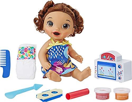 ベビーアライブ 赤ちゃん おままごと ベビー人形 【送料無料】Baby Alive Snackin' Treats Baby (Brown Curly Hair)ベビーアライブ 赤ちゃん おままごと ベビー人形