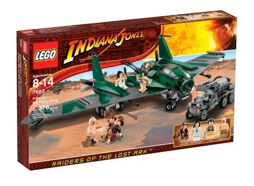 レゴ LEGO Indiana Jones Fight on the Flying Wing (7683) (Discontinued by manufacturer)レゴ