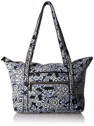 ヴェラブラッドリー パスケース IDケース 定期入れ ベラブラッドリー 【送料無料】Vera Bradley Women's Signature Cotton Miller Tote Travel Bag, Snow Lotusヴェラブラッドリー パスケース IDケース 定期入れ ベラブラッドリー