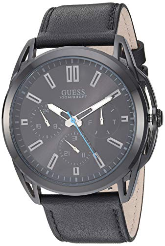 腕時計 ゲス GUESS メンズ 【送料無料】GUESS Comforable Black Stain Resistant Silicone Watch with Day, Date + 24 Hour Military/Int'l Time. Color: Black (Model: U1217G1)腕時計 ゲス GUESS メンズ