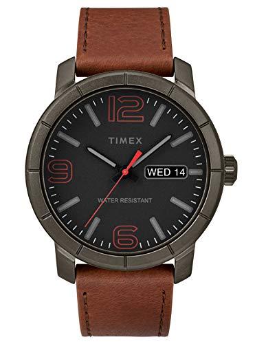 タイメックス 腕時計 メンズ 【送料無料】Timex Men's Year-Round Quartz Watch with Leather Strap, Brown, 22 (Model: TW2R64000)タイメックス 腕時計 メンズ
