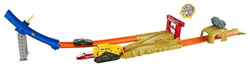 ホットウィール マテル ミニカー ホットウイール 【送料無料】Hot Wheels Bulldoze Blast Trackset Vehicleホットウィール マテル ミニカー ホットウイール