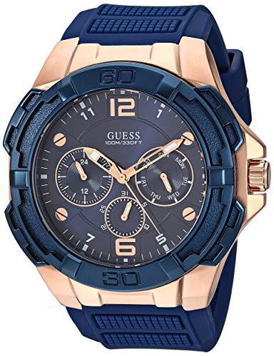 ゲス GUESS 腕時計 メンズ 【送料無料】GUESS Oversized Iconic Rose-Gold-Tone Blue Stain Resistant Silicone Watch with Day, Date + 24 Hour Military/Int'l Time. Color: Iconic Blue (Model: U1254G3)ゲス GUESS 腕時計 メンズ