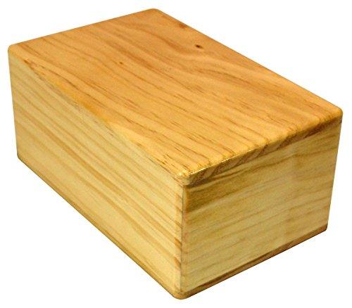 ヨガブロック フィットネス 【送料無料】YogaAccessories Sturdy New Zealand Pine Wood Yoga Block - 4
