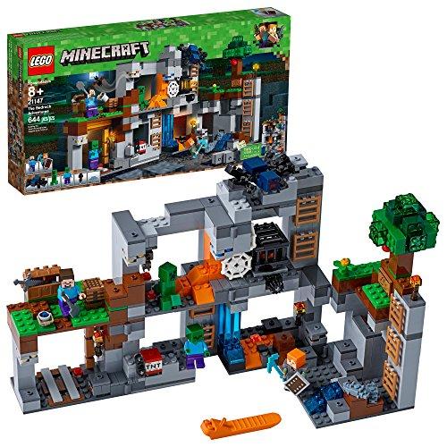 レゴ マインクラフト 【送料無料】LEGO Minecraft The Bedrock Adventures 21147 Building Kit (644 Pieces)レゴ マインクラフト