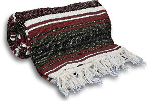 ヨガ フィットネス 【送料無料】YogaAccessories Traditional Mexican Yoga Blanket ( Burgundy)ヨガ フィットネス