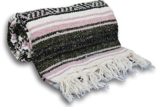 ヨガ フィットネス 【送料無料】YogaAccessories Traditional Mexican Yoga Blanket - Pinkヨガ フィットネス