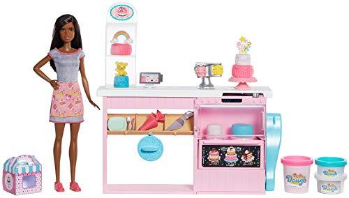 バービー バービー人形 【送料無料】Barbie Cake Decorating Playset with Brunette Doll, Baking Island, Molding Dough & Moreバービー バービー人形
