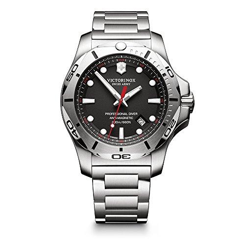ビクトリノックス スイス 腕時計 メンズ 【送料無料】Victorinox Swiss Army Men's I.N.O.X. Swiss-Quartz Watch with Stainless-Steel Strap, Silver, 22 (Model: 241781)ビクトリノックス スイス 腕時計 メンズ