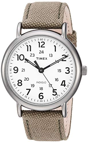 タイメックス 腕時計 メンズ 【送料無料】Timex Men's TWF3C8440 Weekender 40 Olive/Titanium Two-Piece Leather/Fabric Strap Watchタイメックス 腕時計 メンズ