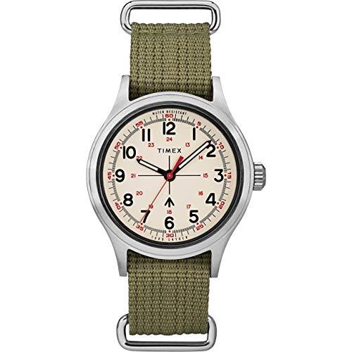タイメックス 腕時計 メンズ 【送料無料】Timex Todd Snyder Military 40mm Olive/Cream One Sizeタイメックス 腕時計 メンズ