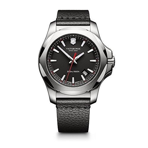 ビクトリノックス スイス 腕時計 メンズ 【送料無料】Victorinox Swiss Army Men's I.N.O.X. Titanium Swiss-Quartz Watch with Leather Strap, Brown, 21 (Model: 241778)ビクトリノックス スイス 腕時計 メンズ