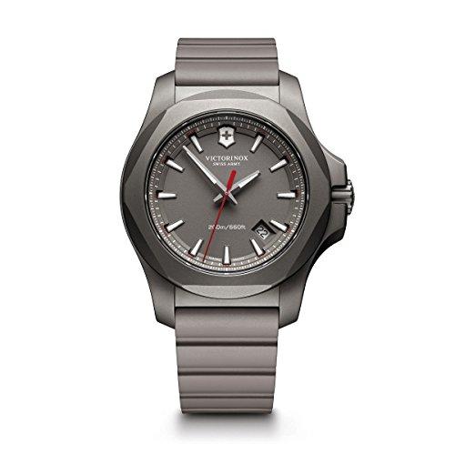 ビクトリノックス スイス 腕時計 メンズ 【送料無料】Victorinox Swiss Army Men's I.N.O.X. Titanium Swiss-Quartz Watch with Rubber Strap, Grey, 21 (Model: 241757)ビクトリノックス スイス 腕時計 メンズ