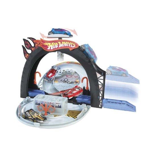 ホットウィール マテル ミニカー ホットウイール 【送料無料】Hot Wheels Tire Tread Racewayホットウィール マテル ミニカー ホットウイール