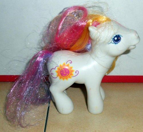 マイリトルポニー ハズブロ hasbro、おしゃれなポニー かわいいポニー ゆめかわいい 【送料無料】My Little Pony Sunny Daze 3 G3 2004 MLP Hasbroマイリトルポニー ハズブロ hasbro、おしゃれなポニー かわいいポニー ゆめかわいい