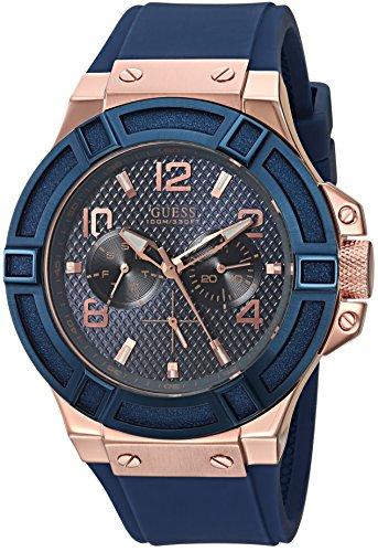 ゲス GUESS 腕時計 メンズ U0247G3 【送料無料】GUESS Men's Rigor Iconic Blue Stain Resistant Silicone Watch with Rose Gold-Tone Day + Date (Model: U0247G3)ゲス GUESS 腕時計 メンズ U0247G3