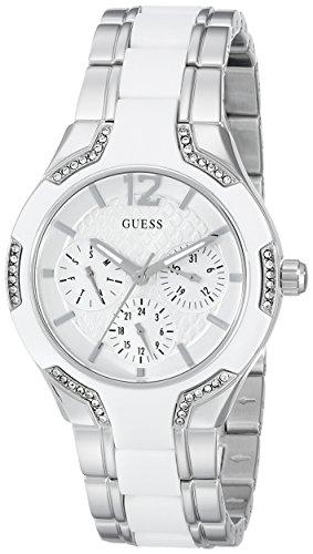 ゲス GUESS 腕時計 レディース U0556L1 【送料無料】GUESS Women's U0556L1 Sporty Silver-Tone Watch with White Dial , Crystal-Accented Bezel and White Center Link Pilot Buckleゲス GUESS 腕時計 レディース U0556L1