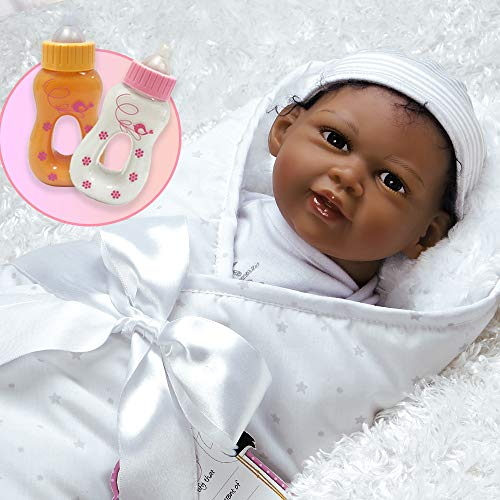 無料ラッピングでプレゼントや贈り物にも。逆輸入並行輸入送料込 パラダイスギャラリーズ 赤ちゃん リアル 本物そっくり おままごと 【送料無料】Paradise Galleries Bundle Reborn African American Black Newborn Doll in Silicone Like Vinyl - Reaching forパラダイスギャラリーズ 赤ちゃん リアル 本物そっくり おままごと