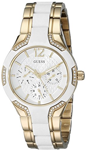 ゲス GUESS 腕時計 レディース U0556L2 GUESS Women's U0556L2 Sporty Gold-Tone Watch with White Dial , Crystal-Accented Bezel and White Center Link Pilot Buckleゲス GUESS 腕時計 レディース U0556L2