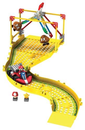 ケネックス 知育玩具 パズル ブロック 38467 Nintendo Mario Circuit: Mario vs The Goombas Building Setケネックス 知育玩具 パズル ブロック 38467