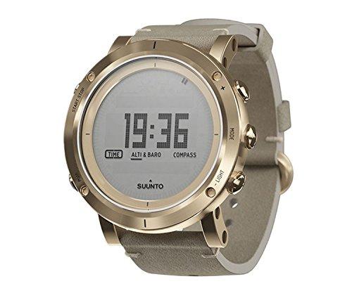 腕時計 スント アウトドア メンズ アウトドアウォッチ特集 SS021214000 【送料無料】Suunto Mens Essential Gold Digital Display Quartz Watch, Ivory Leather Band, Round 49.1mm Case腕時計 スント アウトドア メンズ アウトドアウォッチ特集 SS021214000