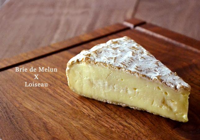 熟成士ロワゾー氏の魔法のかかったブリドモーの兄弟チーズをどうぞ 超激安特価 ブリ ド ムランAOP ジャン クロード 大決算セール 白カビタイプチーズ フランス ロワゾー熟成 100g 不定貫