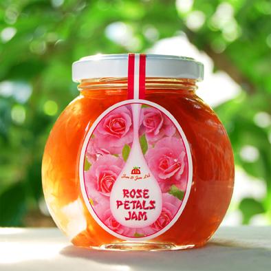 優雅な時間が流れます パンやヨーグルトに 製菓材としても バラの花びらを1枚1枚丁寧に取り入れ作られる芳香豊かなジャム ダマスクローズの癒しの芳香を楽しめます 買収 健康 美 230gブルガリア産 10P01Oct16 バラジャム ローズペタルジャム 若さの象徴 公式ショップ