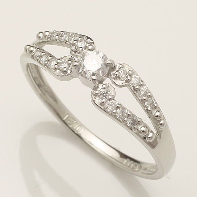 【送料無料】K18WG ダイヤモンド リング 「4R0244W」 *