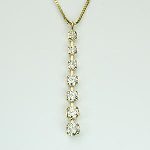 K18 I型 しなやかに左右に揺れる ダイヤモンド ペンダント ネックレス 18金 7石 0.30ct 「4P0446」【送料無料】 *