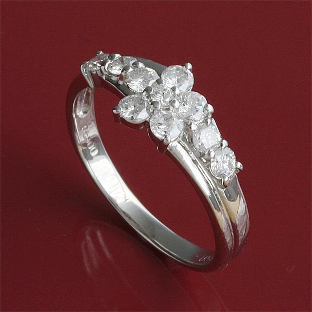 【送料無料】 K18WG 10粒 0.5ct ダイヤモンド リング アニバーサリー・10周年記念 にどうぞ 「4R0044W」【送料無料】 *