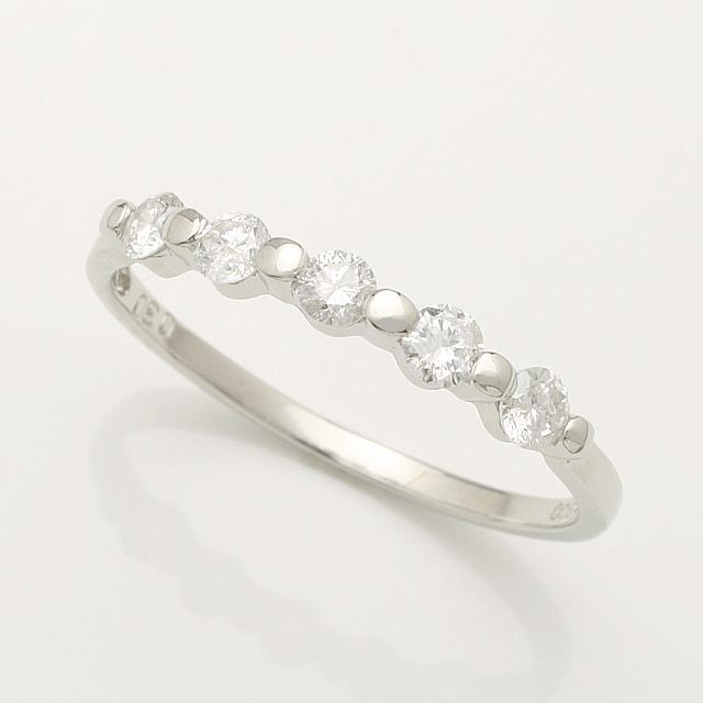 【送料無料】K18WG 5石 0.3ct ダイヤモンド リング「4R0144W」 *