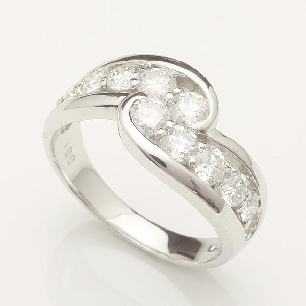【送料無料】1.0ctアニバーサリーテンダイヤリング指輪プラチナダイヤモンドリング 「93332P」 *