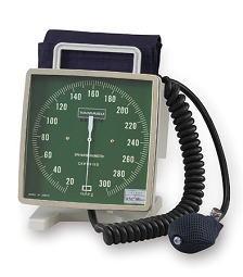 【送料無料】【感謝価格】ケンツメディコ 大型アネロイド血圧計 卓上携帯型 No543 送料無料