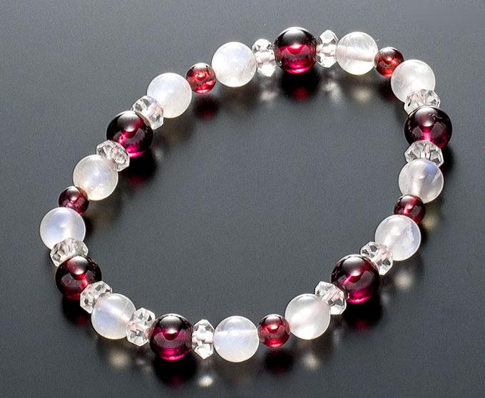 【10%割引クーポン配布中】 数珠ブレスレット ムーンストーン ガーネット 1月誕生石 6月誕生石 桐箱入