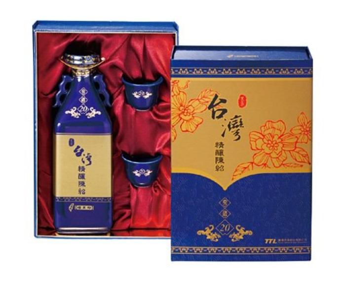 横浜中華街 台湾 二十年陳年紹興酒ギフトセット750ml、芳醇な香りと気品ある味わいをお楽しみください、20年紹興酒♪