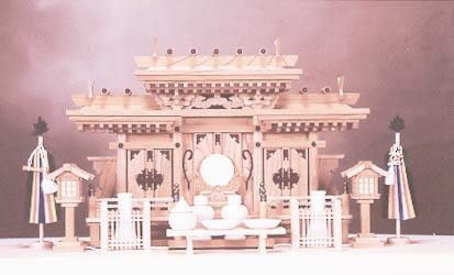 【神棚】マス組付き屋根違い三社(本けやき)国産 日本製 神棚【送料無料】