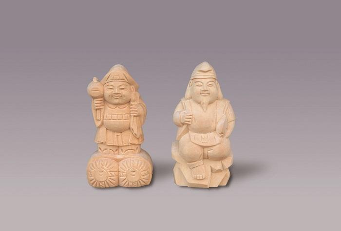 【神具】木彫恵比寿大黒・4寸【送料無料】1対。手彫りのため多少違いもございます