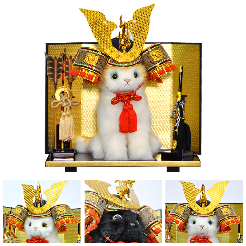 【N558】ぬいぐるみ 日本製『猫』 本格的五月人形飾り まるで本物みたいなリアルな手触りのかわいいネコちゃんが『兜』をかぶって五月人形に変身?!