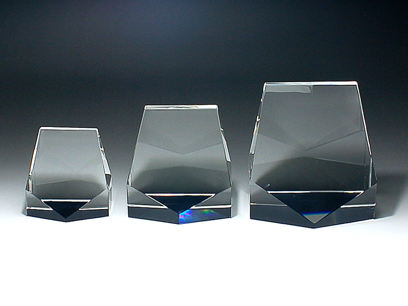 クリスタルトロフィ『中』100x100x65mm
