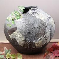 花瓶 おしゃれ 大きい 信楽焼 和風 ひねり変形丸 癒し壷 つぼ ツボ 花器 フラワーベース 花入れ 陶器 インテリア しがらき ha-0050